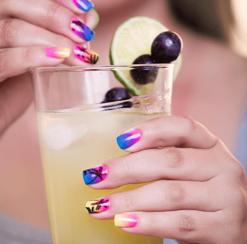 pintarse las uñas en verano