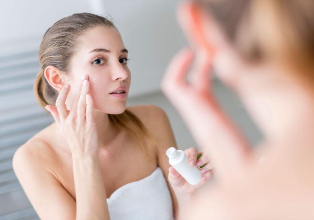 Cómo escoger y aplicar la crema hidratante