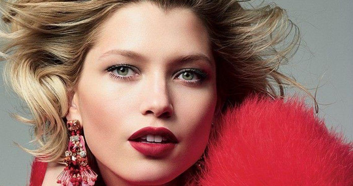 Joli Rouge Velvet, la nueva barra de labios mate de Clarins