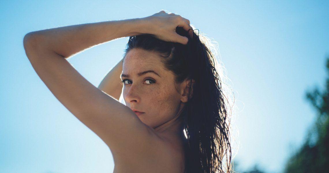 Cómo proteger tu pelo del sol y de la playa