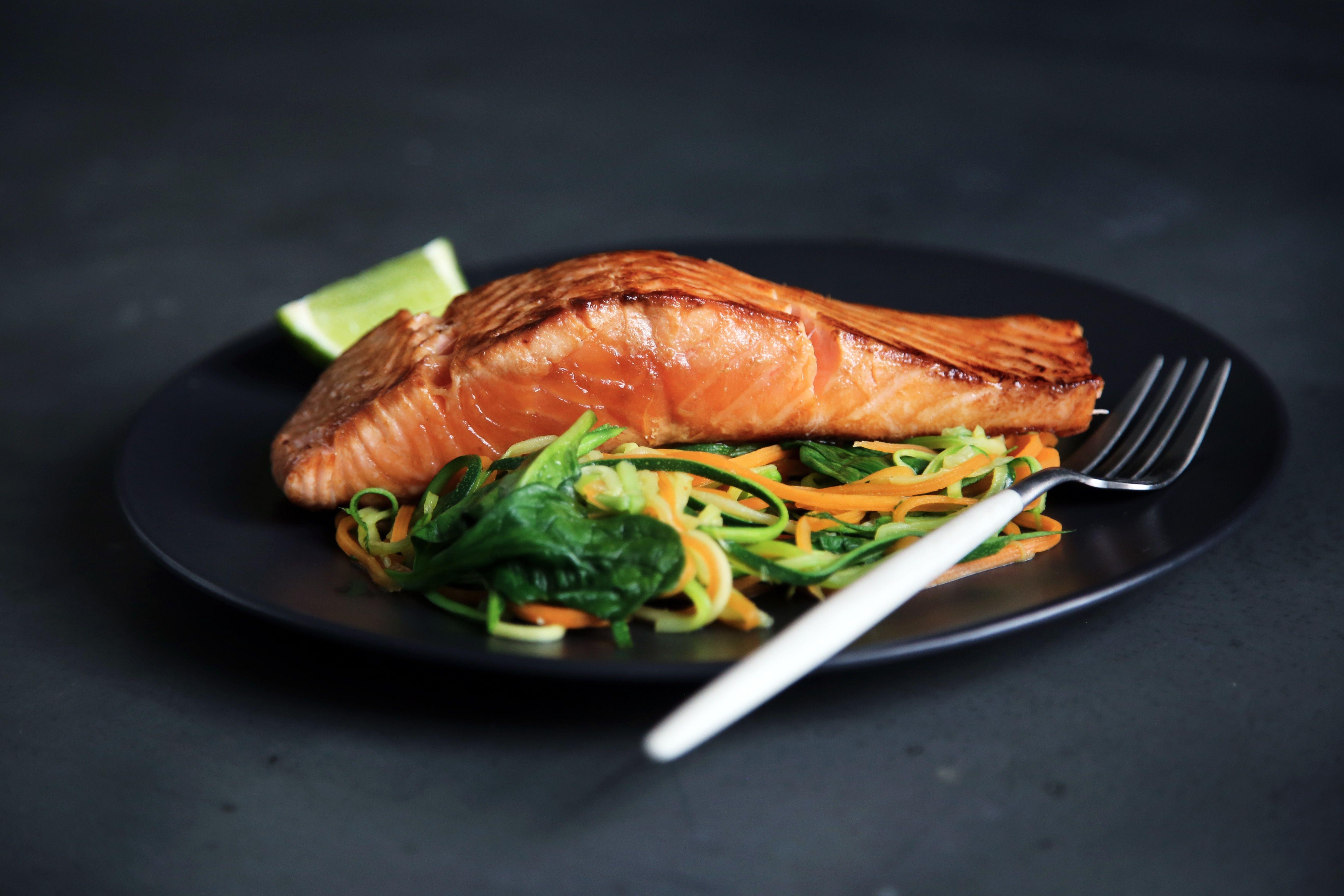 alimentación fuente energía salmón