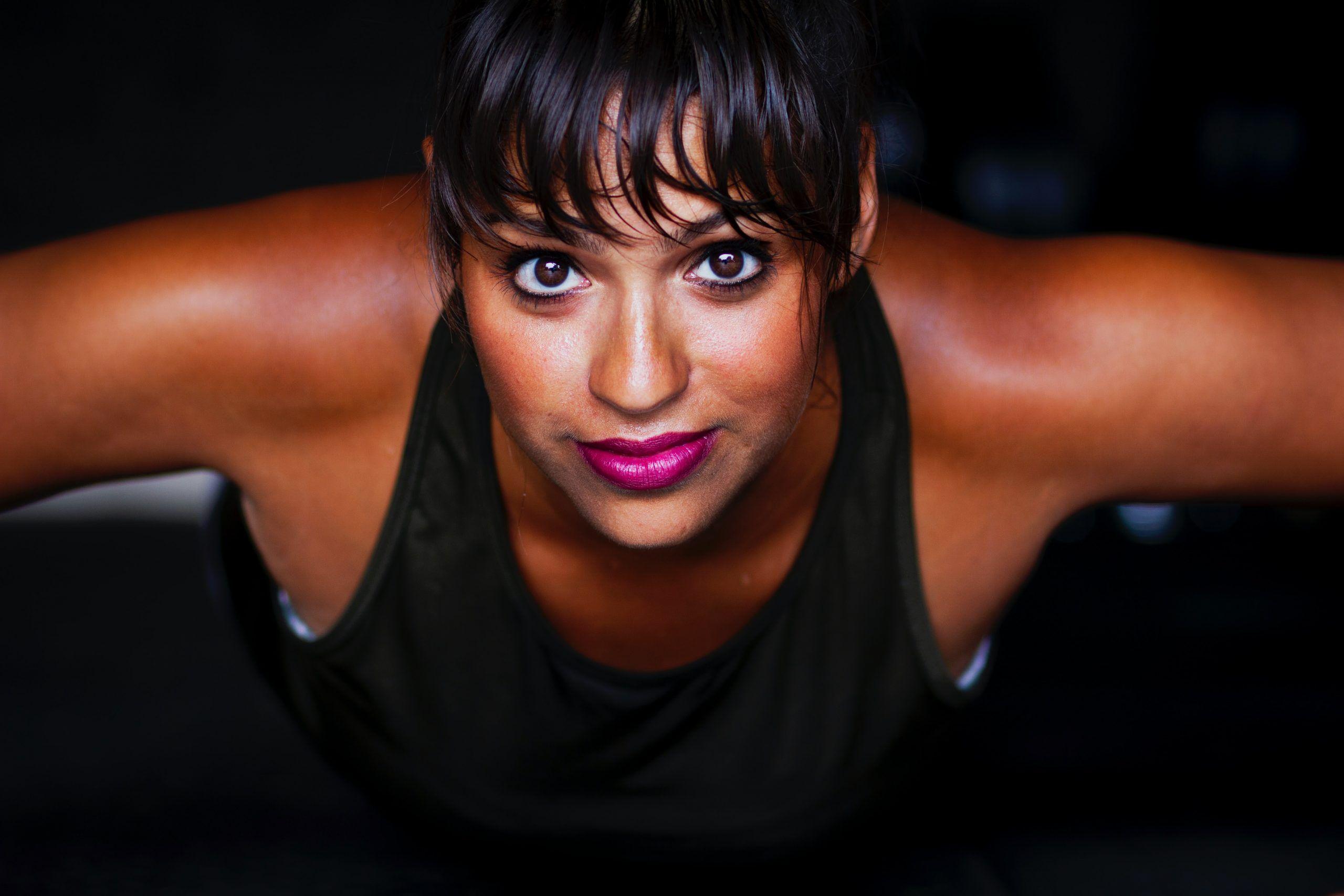mujer sudando deporte